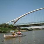 Descenso pequeNAUTAS en piragua o balsas de raft por los Puentes de Zaragoza