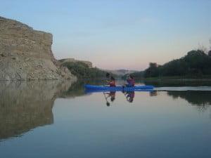 Descenso en piragua por el Ebro (tramo Cabañas-La Codera)