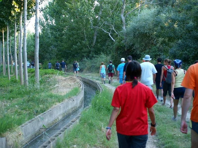 Actividad combinada con senderismo en el Soto del Tambor de Sobradiel